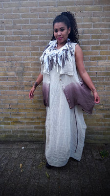 D'celli jurk linnen zandkleur