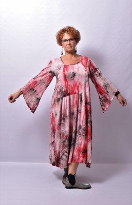 Jurk Myrjo lange ruime jurk rood/ grijs tie&day, lange vlindermouw