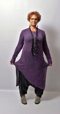 Trui/ jurk Kekoo paars gebreide trui, asymmetrisch, strepen in de breedte