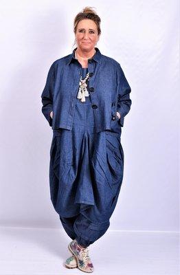 Jasje/ blouse La Bass, jeansblauw, kraag, zakken op voorpand en knoopsluiting