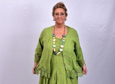 Jasje/ vestje, kort, appeltjes groen met geborduurde print, kant aan de onderkant, Moonshine, recht model