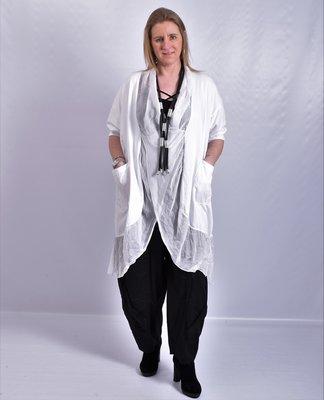 Lange blouse/tuniek, wit, ronde hals met waterval hals en zakken, Made in Italy
