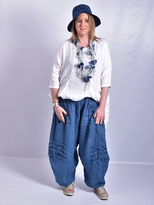Ballonbroek, blauw, linnen, rekbare taille, mooie zakken op taillehoogte, diagonale naden