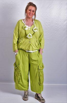 Ballonbroek  ruime broek, lime grote zakken op been, rekbare.