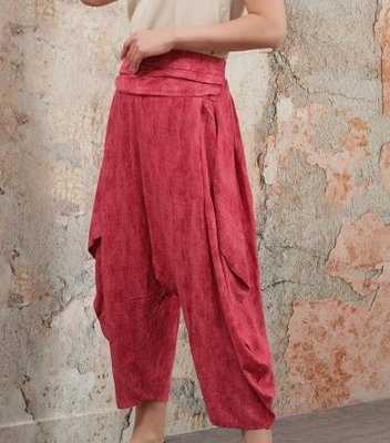 Harembroek Otantik fuchsiarood met mooie tailleband, achter elastische taille