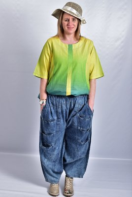 Jeansbroek, La Bass, veel zakken op voorpand, rekbare taille.