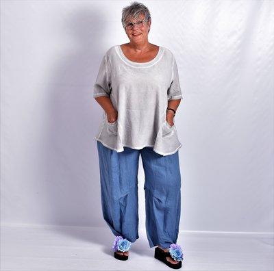..Broek linnen, jeansblauw, La-Bass, zakken, gestikten plooien, rekbare taille,linnen.
