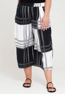 Broek, Kekoo, zwart/wit, print, rekbare taille, twee steekzakken, 7/8 lengte
