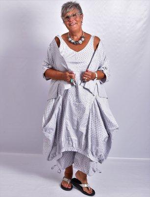 ,,Kekoo overgooier, ballonmodel, licht grijs met print, grote zakken die in punten uiteenvallen, rekbare onderrand