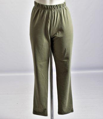 ,,La Bass, super mooie armygroene legging. Een must have voor iedere garderobe
