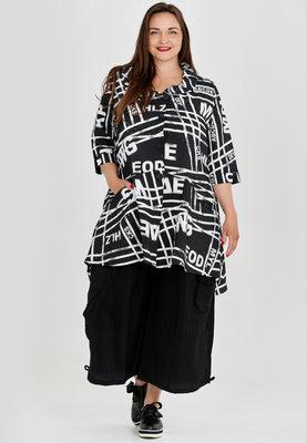 ,,Jasje/ blouse, zwart met print Kekoo, knoopsluiting, A-lijn, zakken en rolkraag