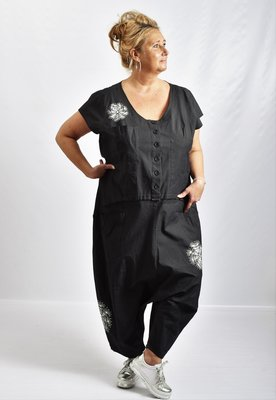 ,,Jumpsuit, Kekoo, zwart met print, washed out, kapmouwtjes, ronde hals, zouavemodel,