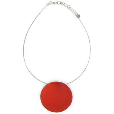 Ketting, rood, met ovaal beschilderde schelp