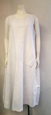 Bora lange witte jurk.