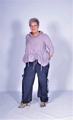 Emmily&Rose broek met strikjes donkerblauw.