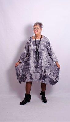 Thom B grijze jurk / lange tuniek A-lijn met mouw tie & day