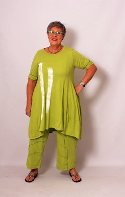 Broek lime groen / twee zakken / rekbare taille met plooien / moonshine / tricot/ strookje