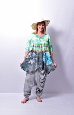 A-lijn vest/tuniek, Thom B groen grijs, korte mouw, batik, tie-dye print, geplooide onderrand,