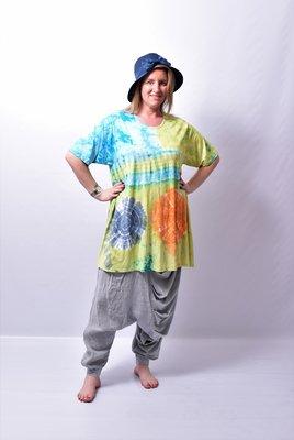 A-lijn Tshirt, ThomB, lime/blauw, korte mouw, batik, tie-dye print,