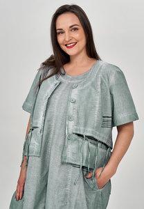 Kort jasje/ blouse Kekoo groen, fijne ruit, knoopsluiting en ronde hals