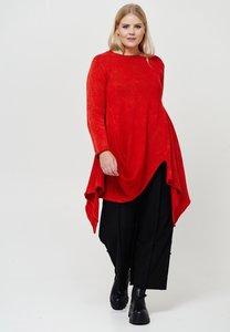 ..Trui gebreid, Kekoo, rood met lange mouw, a-symmetrisch, grote A-lijn, stone washed