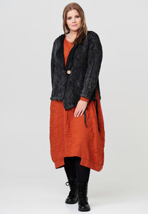 Gebreid vest, zwart, stonewashed,  lange mouw, knoopsluiting, kraag met capuchon,asymmetrisch