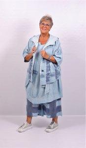 Jasje/ blouse, blauw, met capuchon, Kekoo kort, met hangeschilderde strepen